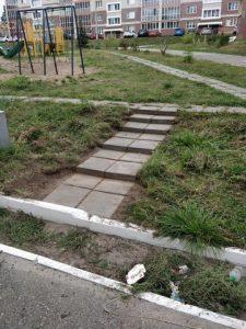 Откопали заросшие дорожки